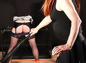 Two Horny Trannies Play Starved