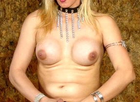 Playful Tranny Beauty Plays Naughty