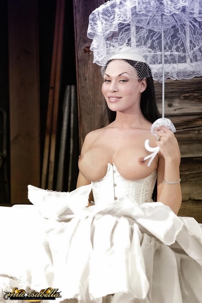 Splendid Mia Posing In A Gorgeous Wedding Dress
