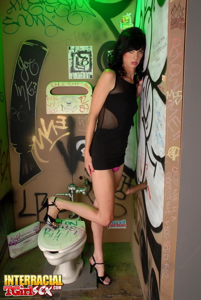 Slutty Mandy Mitchell Exploring The Glory Hole
