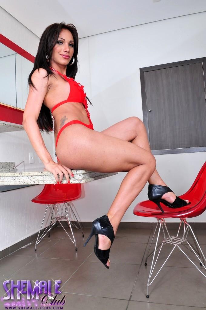 TS Sweetie Leticia Exposing Her Hardcore Juicy Dick