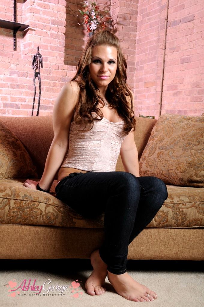 Sensuous Tgirl Ashley Stripping Out Of Her Suggestive Tight Jeans
