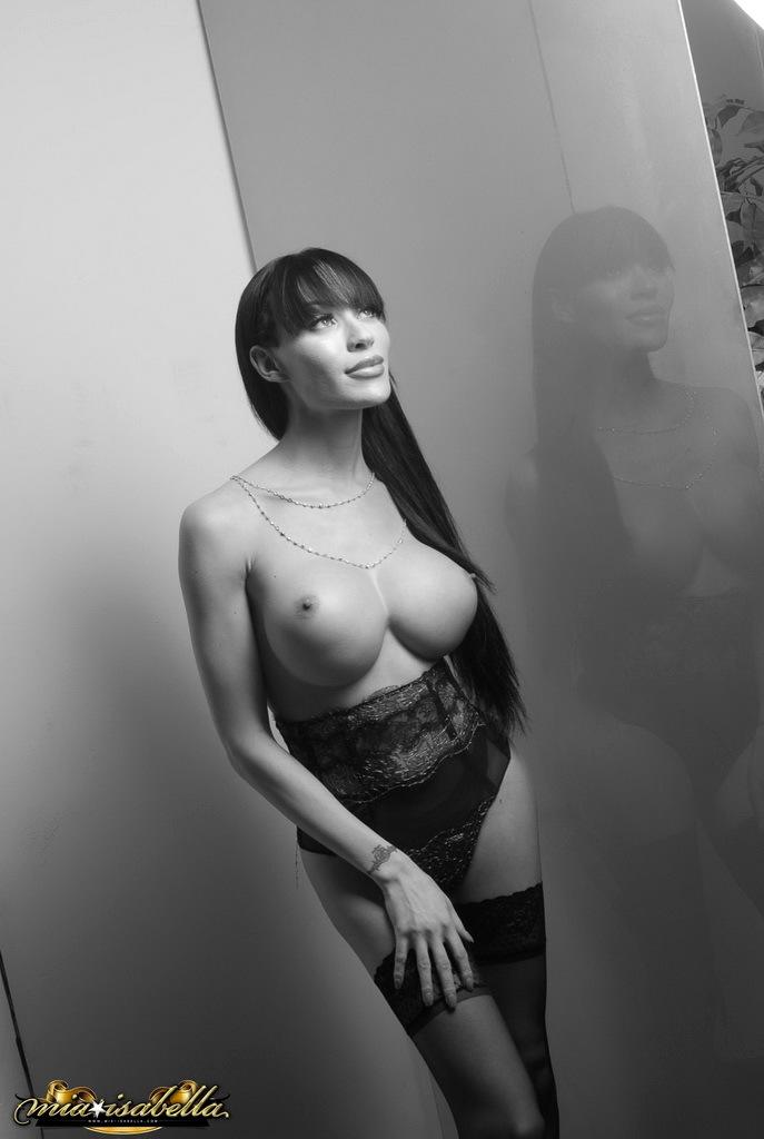 Big Cock Mia Poses In Black White