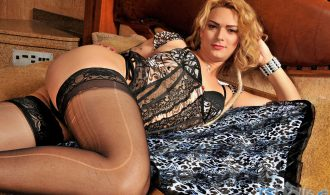 Voluptuous Blonde Transsexual Baring All
