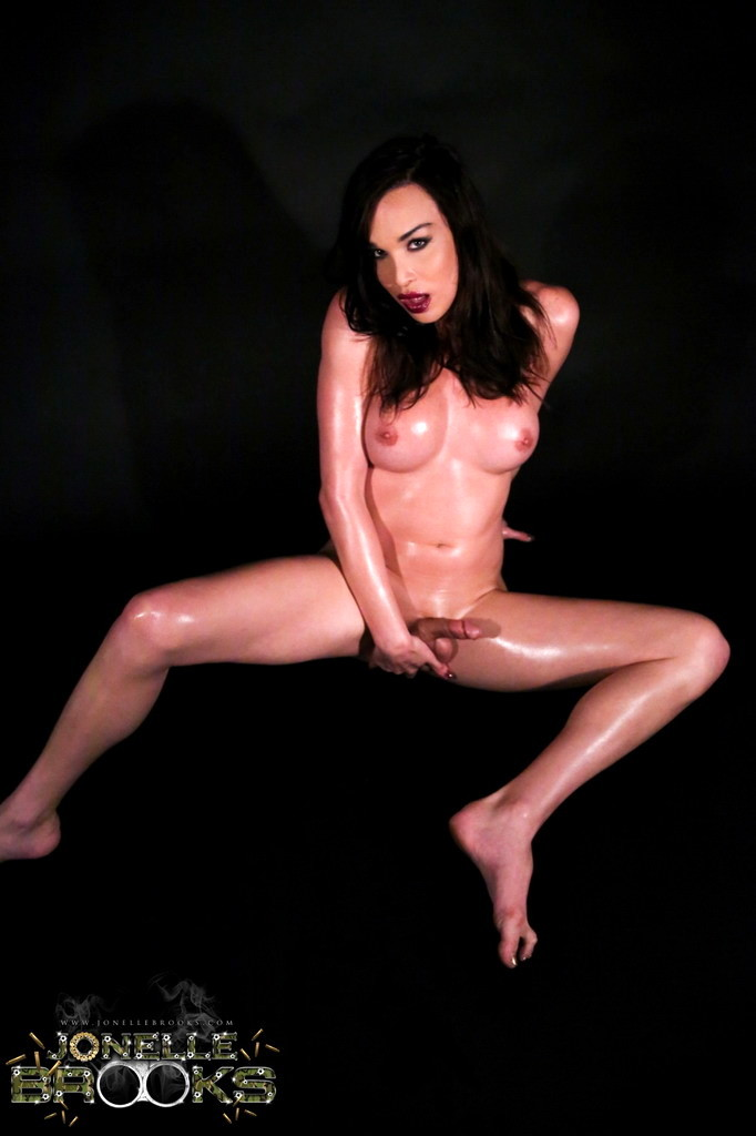 Nasty Tgirl Jonelle Poses And Fingers With Her Body Oiled
