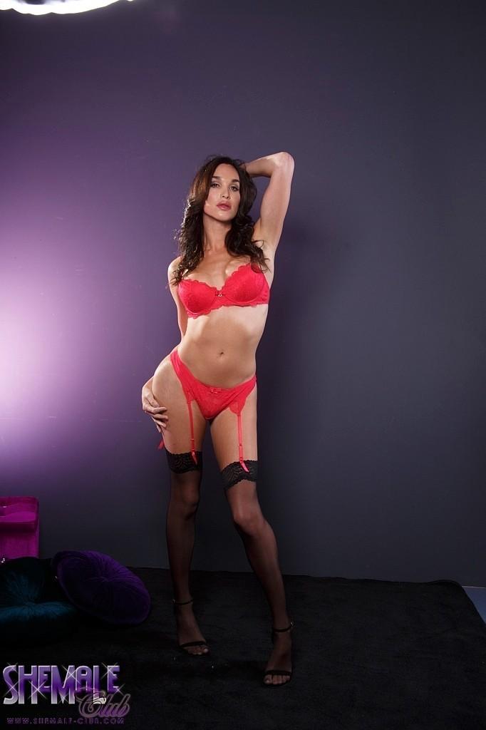 Jonelle In Flirtatious Red Undies Is Irresistable