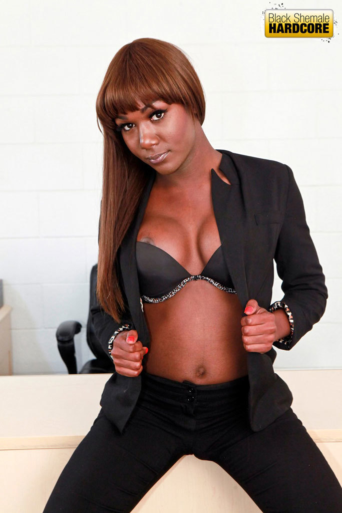 Smoking Sensual Ebony Darling Gets Destroyed